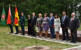 День всенародной памяти жертв Великой Отечественной войны в урочище Воробьёвы горы в г.Городок.